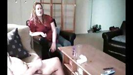 یک زن عكس كون وكس کار می کند دیک ، نه فقط با دهان